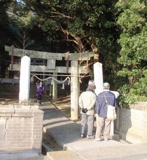 〈企画事業〉073・�A1101231554「天降天神社」学習会参加会員10.JPG